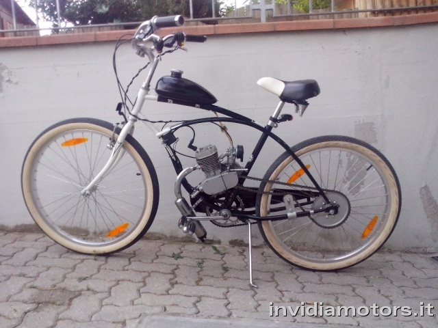 OTHERS-ANDERE OTHERS-ANDERE Schwinn Engine Cruiser Bicycles MOTORE 80cc Immagine 0