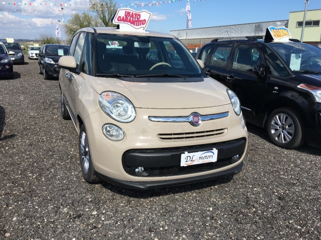 FIAT 500L Marrone pastello