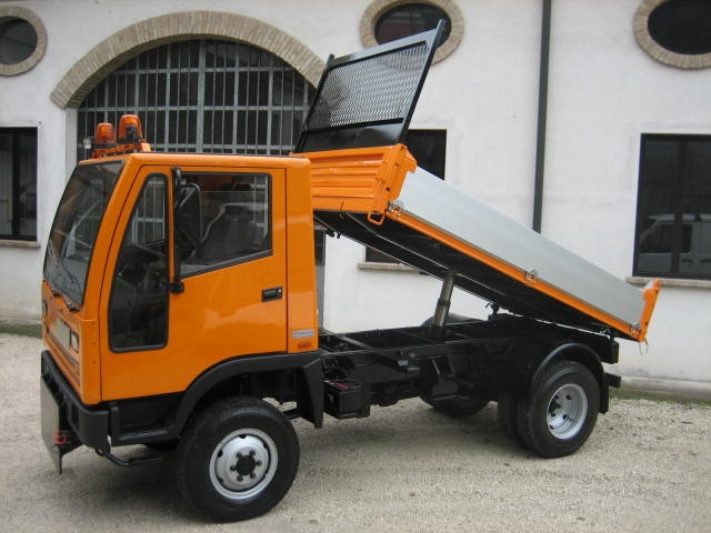 OTHERS-ANDERE Bucher  4X4 Immagine 3