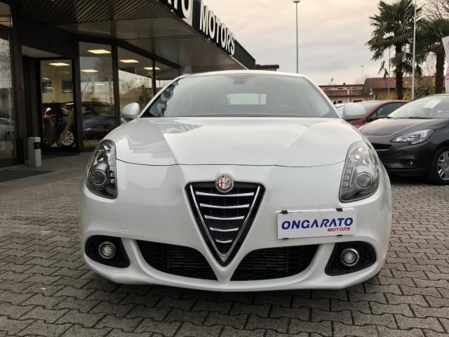 ALFA ROMEO Giulietta 1.6 JTDm-2 120CV Immagine 3