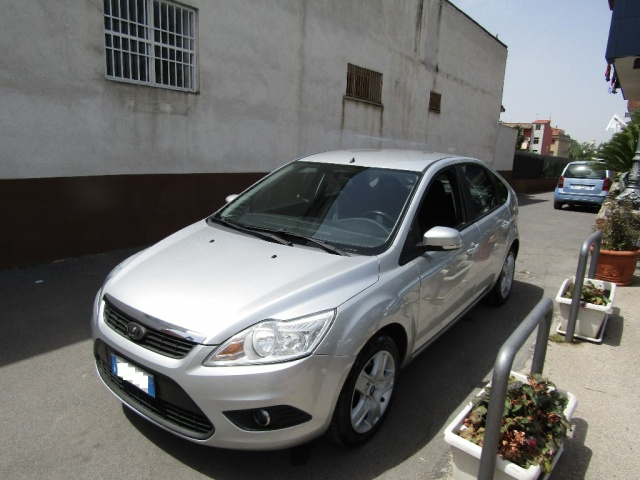 FORD Focus + 1.6 TDCi (110CV) 5p. Immagine 0