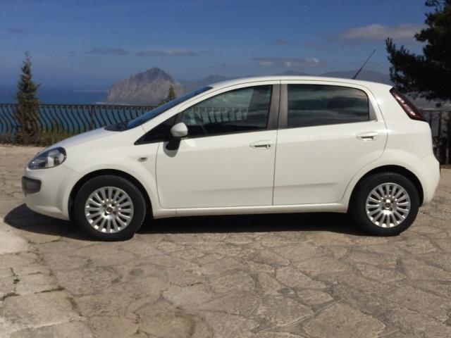 FIAT Punto Evo 1.3 Mjt 90CV 5 porte 4 posti autocarro Immagine 2