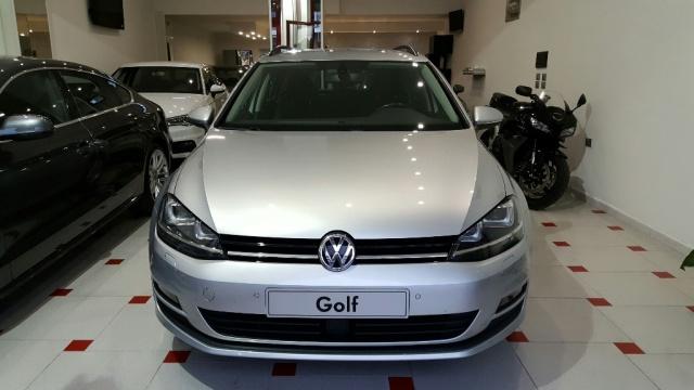 VOLKSWAGEN Golf Variant 1.6 TDI 105 CV DSG BiXeno 118000 km