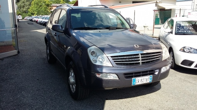 SSANGYONG REXTON 2.7 XDi cat Plus Immagine 3