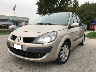 Renault scénic usato 1.5 dci/105cv luxe