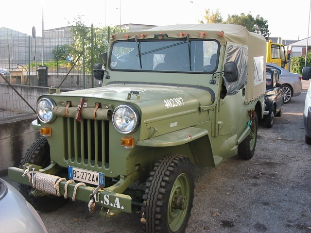 JEEP Willys CJ 6 Immagine 1