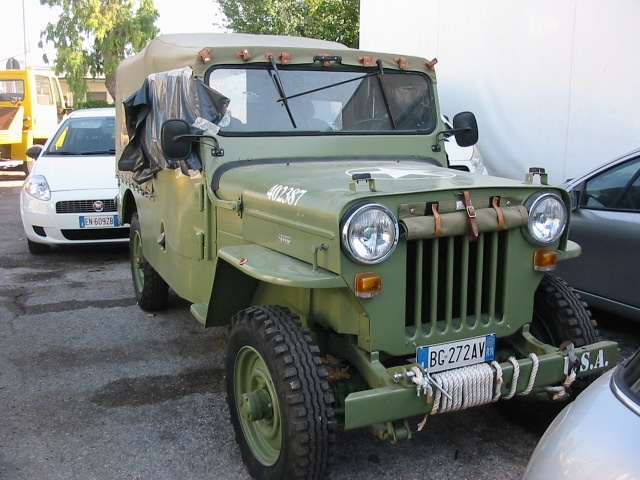 JEEP Willys CJ 6 Immagine 0