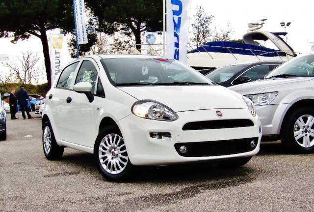 FIAT Punto 1.2 8V 5 porte Street (EURO 6) (KM0) Immagine 0