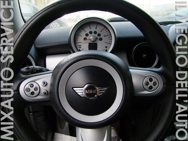 MINI Cooper D 3 Porte EU4 Immagine 3