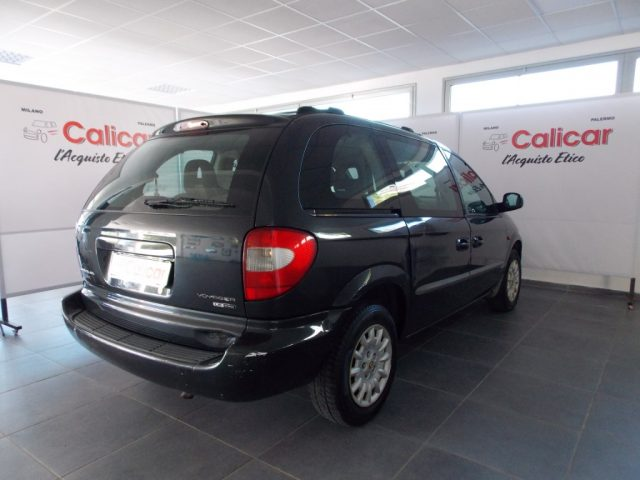 CHRYSLER Voyager 2.5 CRD cat LE Immagine 3