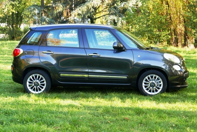 FIAT 500L 1.3 Multijet 85 CV Dualogic Lounge Immagine 3