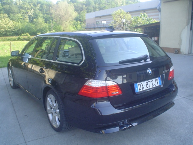 BMW 530 d cat xDrive Touring Futura Immagine 4