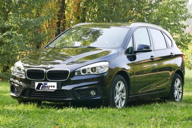 BMW 216 d Active Tourer Advantage Immagine 0