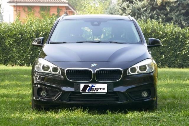 BMW 216 d Active Tourer Advantage Immagine 1