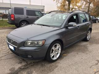 Volvo v50 usato 2.0 d cat kinetic