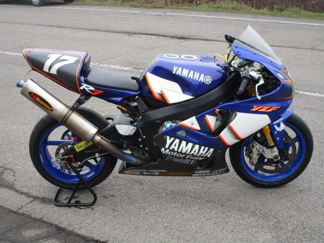 YAMAHA YZF 750 R7 YAMAHA FRANCE Immagine 2