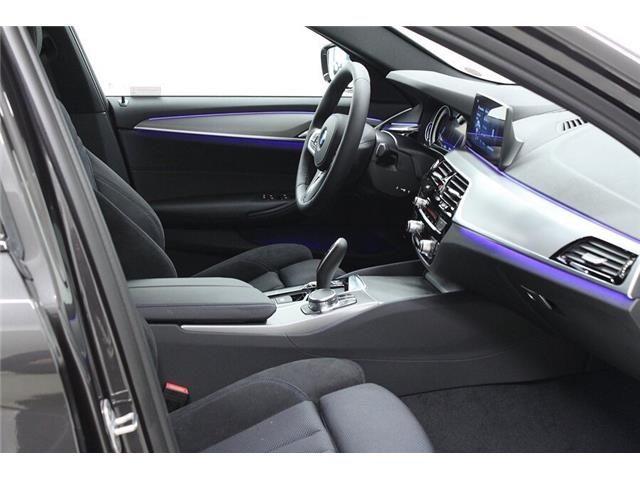BMW 520 D XDrive  M-Sport 48V MILDHYBRID + gancio tra Immagine 2