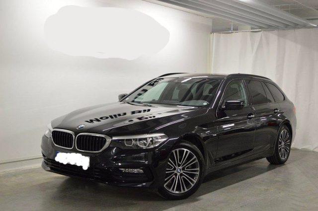BMW 520 D XDrive Touring Sport 48V MILDHYBRID + gancio tra Immagine 0