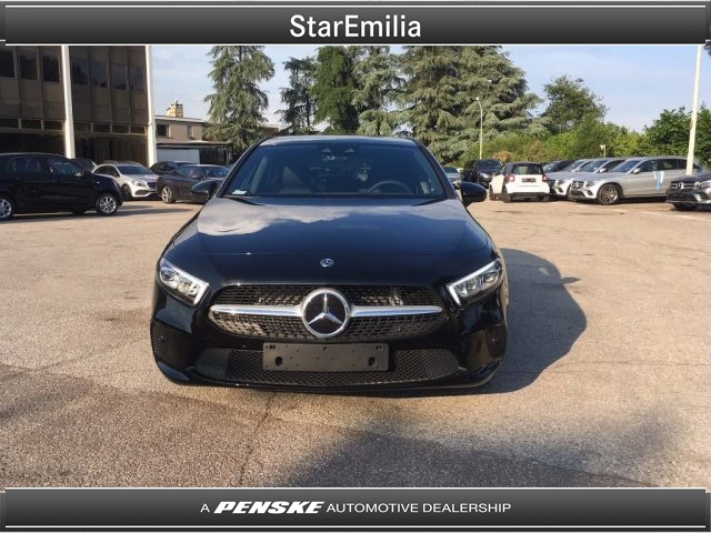 MERCEDES-BENZ A 180 d Automatic Sport Immagine 1