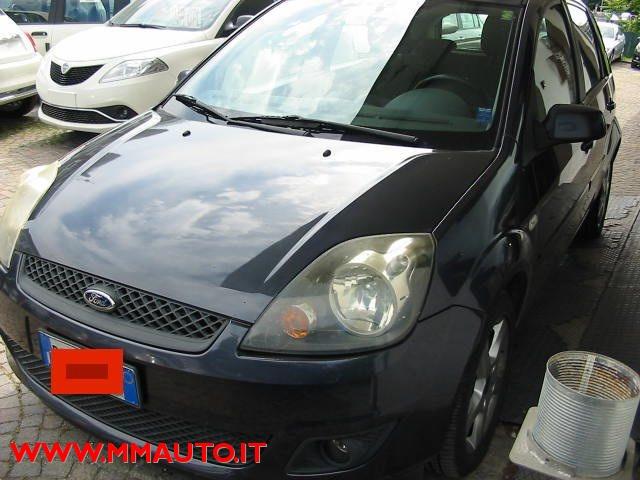 FORD Fiesta 1.4 TDCi 5p. Ghia !!! Immagine 2