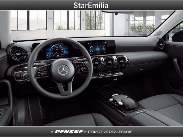 MERCEDES-BENZ A 200 Automatic Executive Immagine 2