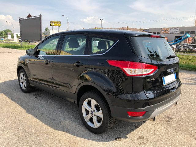 FORD Kuga 2.0 TDCI 150 CV Powershift 4WD Business Immagine 3
