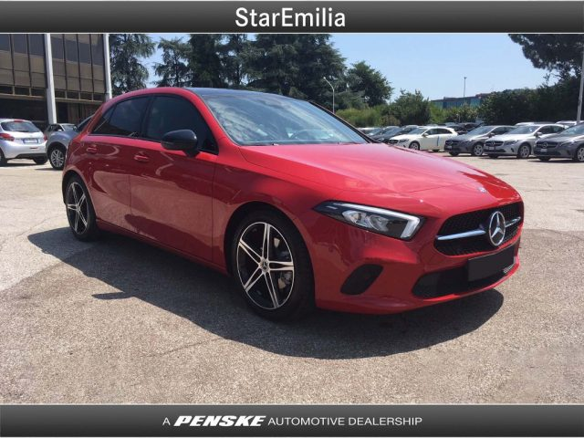 MERCEDES-BENZ A 180 d Automatic Sport Immagine 2