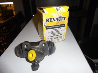 RENAULT R 20 CILINDRETTI FRENI R. 21/25/30 Usata