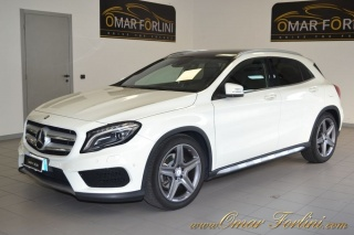 MERCEDES-BENZ GLA 220 CDI 4MATIC PREMIUM AMG DOPP.TETTO NAVI LED 19
