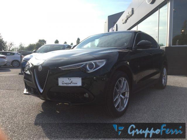 Alfa Romeo Stelvio nuova MY19 2.2 Turbodiesel 210 CV AT8 Q4 Executive diesel Rif. 8279212