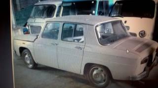 OLDTIMER Renault RENAULT 8 Usata