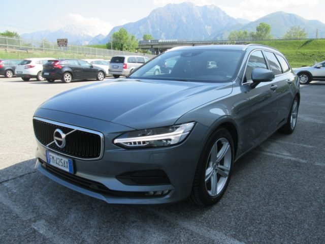 Volvo V90 D4 AWD Geartronic Momentum