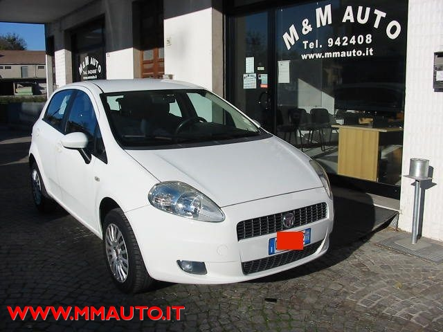 Fiat Grande Punto usata 1.4 5 porte Dynamic Natural Power a metano Rif. 8903431
