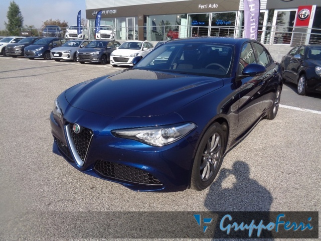 Alfa Romeo Giulia km 0 2.2 Turbodiesel 136CV AT8 Business diesel Rif. 8839399