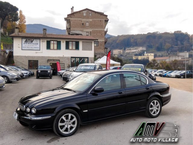 Jaguar X-type usata 2.0D Executive PELLE-CLIMAUTO-BLUETOOTH-CRUISE diesel Rif. 10582230