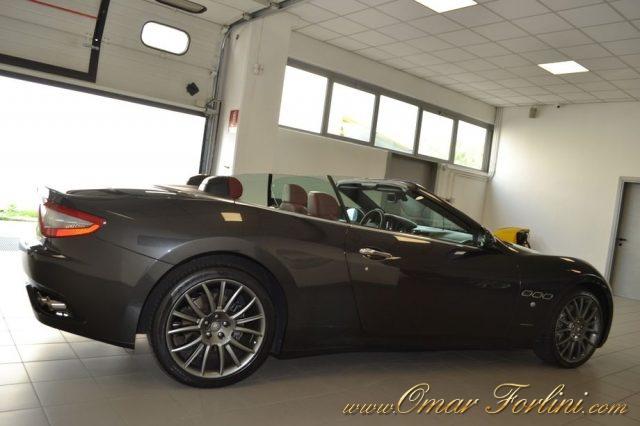 Immagine di MASERATI GranCabrio 4.7 V8 AUTO/F1 440CV NAVI XENO TEL 20″FULLKM42.000