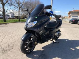 MOTOS-BIKES Yamaha TMAX 500 Usata