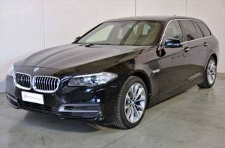 BMW 520 Touring 520d XDrive Touring Business Aut. Usata