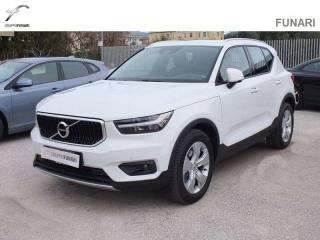 VOLVO XC40 D4 AWD Geartronic Momentum Usata
