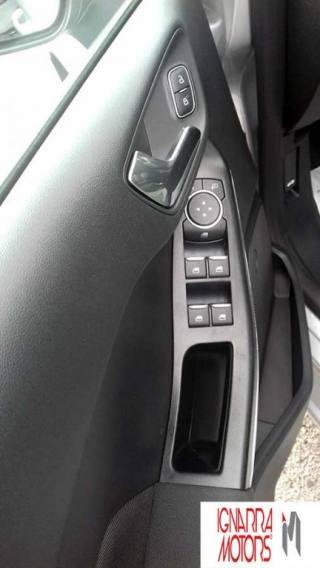 FORD Fiesta 5P 1.5 TDCi 85CV TITANIUM Nuova