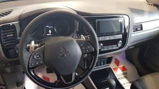 MITSUBISHI Outlander 2.2 DI-D 4WD Instyle Plus SDA 7 Posti Km 0