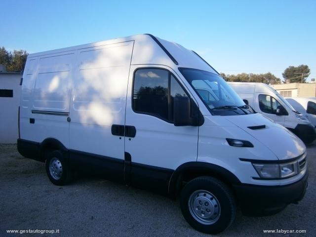 Iveco Daily usata 2.3 HPi 95CV furgone corto tetto alto Rif. 10269521
