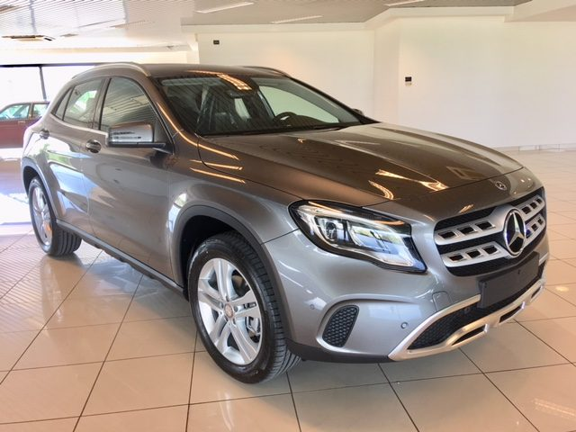 MERCEDES-BENZ GLA 200 Antracite metallizzato