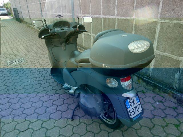 Immagine di MOTOS-BIKES Aprilia SCARABEO 500 BAULETTO E CARICO 4ROAD