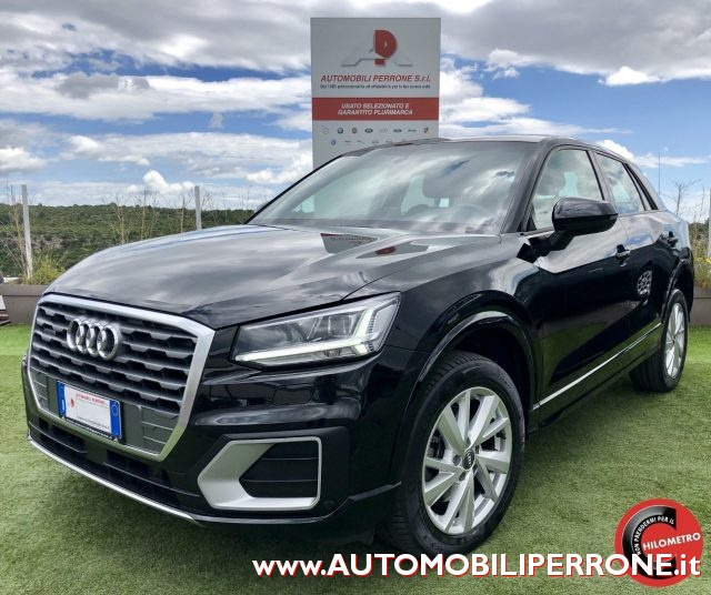 AUDI Q2 Black metallized