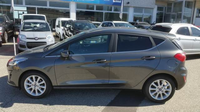 Ford Fiesta usata 5p 1.5 tdci Titanium 85cv  5p 1.5 tdci Titanium 8 diesel Rif. 10666401