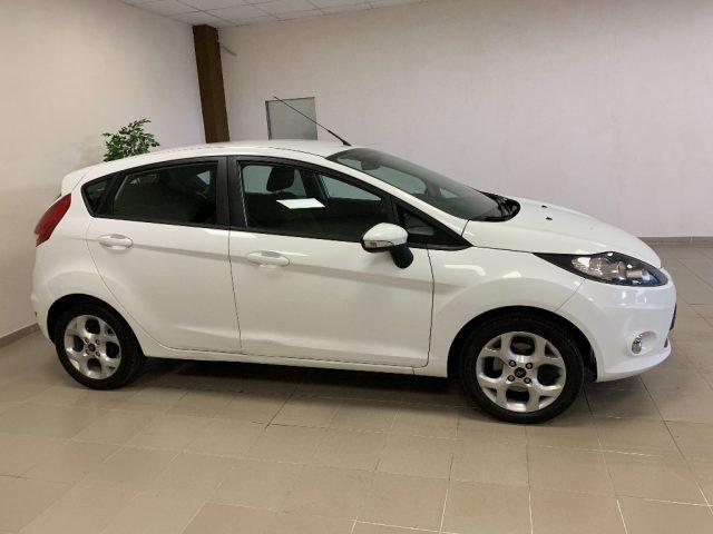 Ford Fiesta usata 1.2 82 CV 5 porte OK NEOPATENTATI a benzina Rif. 10620155