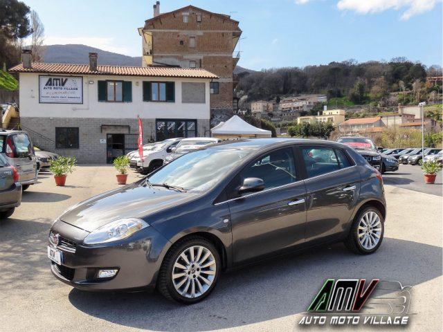 """Fiat Bravo usata 1.6 MJT 120CV SENSORI PARK POST-CLIMAUTO-CERCHI""""17 diesel Rif. 10582329"""