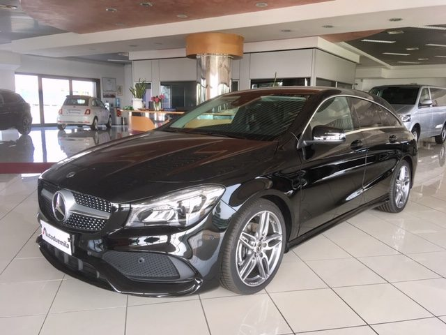 MERCEDES-BENZ CLA 200 Nero metallizzato
