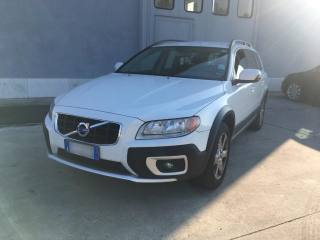 VOLVO XC70 D5 205CV AWD Geartronic Kinetic Usata